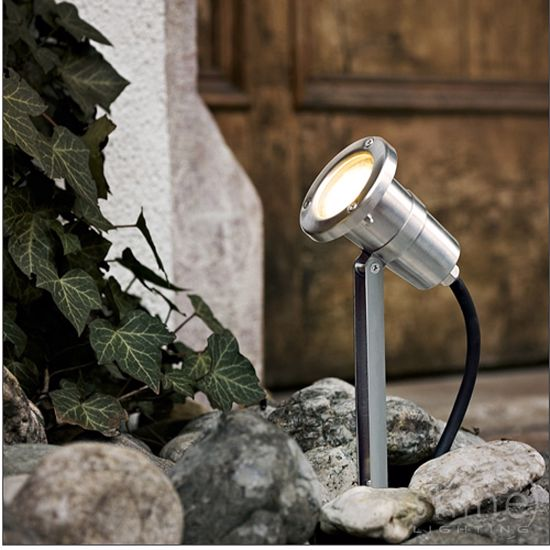 Picture of SHORT BEACON LIGHT LED ADJUSTABLE FOR OUTDOOR GARDEN