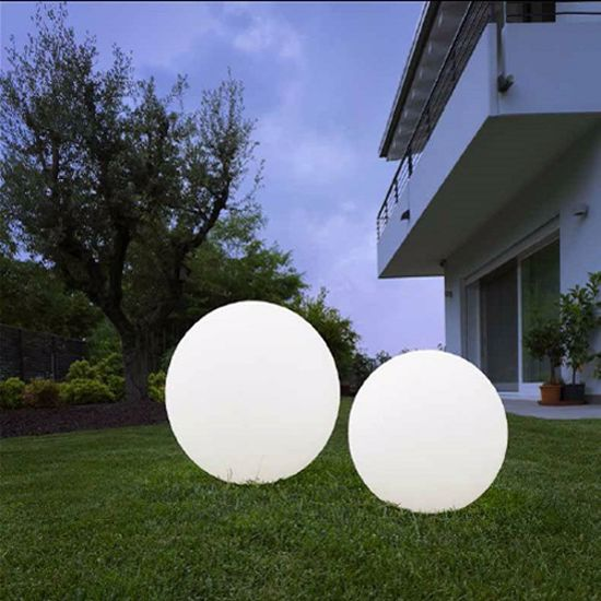 Picture of LINEA LIGHT OH! GARDEN OUTDOOR SPHERE Ø28 WHITE
