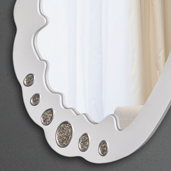 Picture of PINTDECOR TRILLI BIANCA WALL MIRROR ORIGINAL DESIGN IVORY LACQUERED FRAME HAND-DECORATED WITH EMBOSSED SILVER GLITTERING DETAILS
