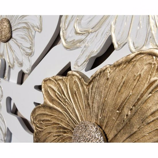 Picture of PINTDECOR MARGHERITE BIANCHE WALL SCULPTURE 3 OVERLAPPED LAYERS HAND-DECORATED GOLD DETAILS