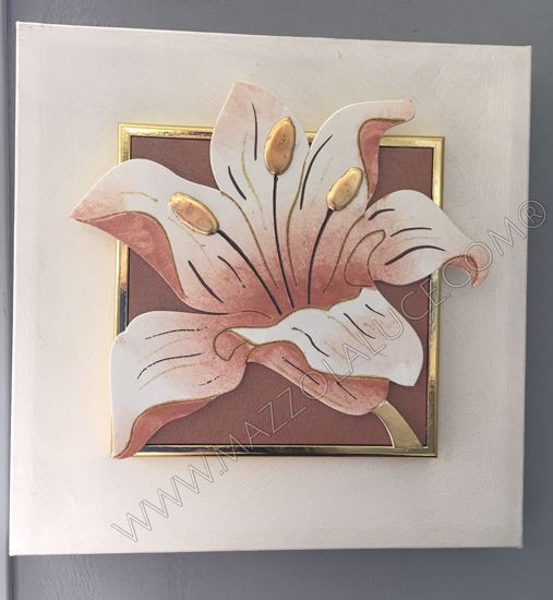 Picture of ARTITALIA GOLD FLOWER FLOREAL PAINTING 35X35 GOLD LEAF DETAILS