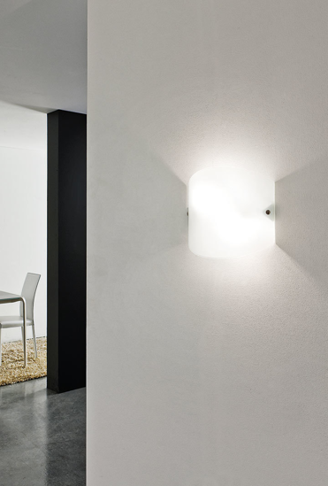 Picture of LINEA LIGHT WALLY ELEGANT WALL LAMP IN GLASS