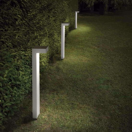 Picture of SIRIO SMALL WHITE LAMPPOST FOR GARDENS AND TERRACES